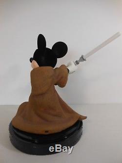 2006 Disney World Star Wars Weekends JEDI MICKEY BIG FIG Statue Base Light Saber