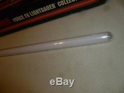 Boxed Star Wars Master Replicas Force Fx Lightsaber Sw-207 Light Saber 2005