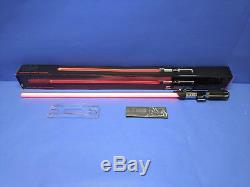 Disney Star Wars Hasbro The Black Series Darth Vader Force FX Red Lightsaber 02