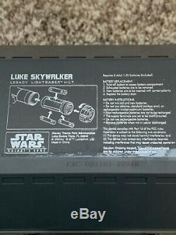 Disneyland Star Wars Galaxy's Edge Legacy Light Saber LUKE SKYWALKER & Blade
