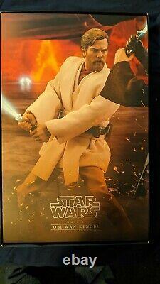 Hot Toys MMS477 Star Wars III Revenge of The Sith 1/6th Obi-Wan Kenobi Figure
