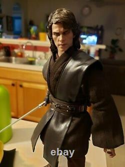 Hot Toys Star Wars Episode III Dark Side 1/6 Scale Anakin Skywalker mms486