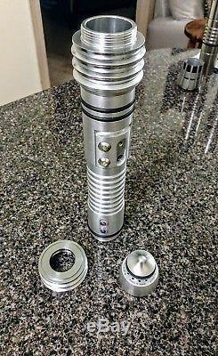 Kit Fisto Lightsaber Hilt See photos! Great starter for Custom Saber