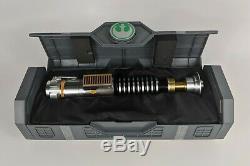 Luke Skywalker Legacy Lightsaber Hilt Disney Star Wars Galaxy's Edge-Sealed