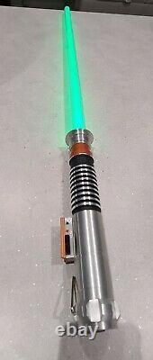 Master Replica Star Wars Force FX Collectible Luke Skywalker 2005 (Green)
