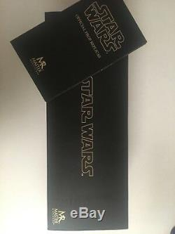 Master Replicas Count Dooku 11 Lightsaber SW105D Star Wars Limited with Signature