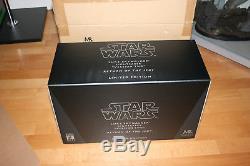 STAR WARS Master Replicas Luke Skywalker V2 Lightsaber Neu New