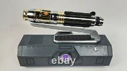 Star Wars Disneyland Galaxy's Edge MACE WINDU Lightsaber Hilt with 31 blade