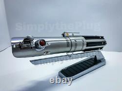 Star Wars Galaxy's Edge REY LUKE Legacy Lightsaber Hilt Disney NEW & SEALED