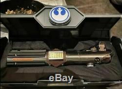 Star Wars Galaxy's Edge Reforged Rey Skywalker Legacy Lightsaber