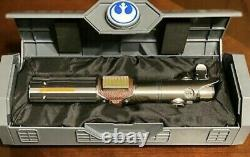 Star Wars Galaxy's Edge Reforged Rise of Skywalker Rey Legacy Lightsaber Disney