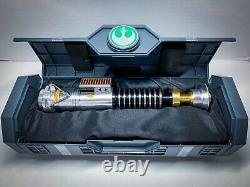Star Wars Galaxys Edge LUKE Legacy Lightsaber Hilt Skywalker NEW & SEALED