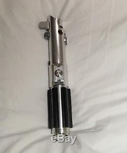 Ultrasabers Graflex SE Lightsaber With Film-Accuracy Modifications
