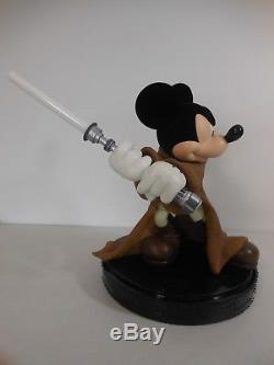 2006 Disney World Star Wars Week-ends Jedi Mickey Big Fig Statue Lumière Base Sabre