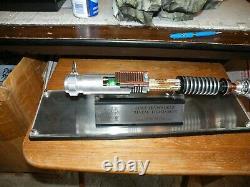2011 Efx Star Wars Luke Skywalker Révéler Sabre Laser Rotj 335/1000 Œuvres Testées