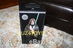 2017 Pgm Exclusive Doux Géant Buste Obi Wan Kenobi Avec Sabre Lumineux
