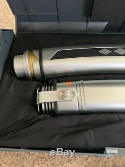 Ahsoka Tano Legacy Set De Sabres Laser Legacy Avec 2 Lames Le Sabre De Lumière De La Galaxie Star Wars