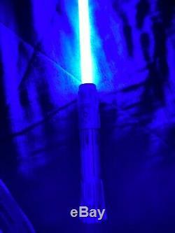 Bord Legacy Garde De Sabre Laser De Disneyland Starwars Galaxy (ben Solo)