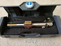 Bord Reforged Skywalker De Star Wars Galaxy Rey Héritage Lightsaber Disney Parks