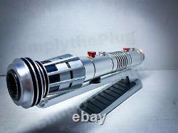 Darth Maul Legacy Lightsaber Hilt Star Wars Galaxy's Edge Disney Parks Nouveau