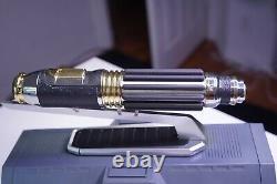 Discontinuer Star Wars Galaxys Edge Mace Windu Legacy Lightsaber Open Box