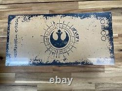 Disney Parks Leia Rey Reforged Star Wars Galaxy's Edge Legacy Lightsaber Hilt Le