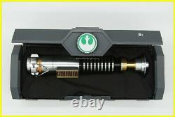 Disney Parks Star Wars Galaxy's Edge Legacy Lightsaber Hilt Luke Skywalker Nouveau