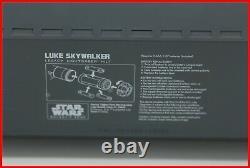 Disney Star Wars Galaxy's Edge Luke Legacy Lightsaber Dok Ondar Nouveau! + Bonus Nib