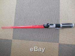 Le Sabre Laser Star Wars A Été Signé Par Dave Prowse 10x8 En Tant Que Dark Vador