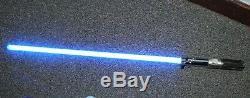 Light Saber Les Répliques Principales De Star Wars Force Fx Et Stand 2005 Sonnent Comme Une Lumière Bleue