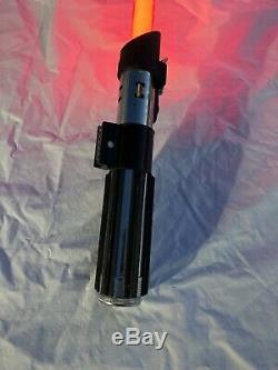 Master Replicas (2005) Star Wars Force Fx Lightsaber Darth Vader Red Navires Gratuit