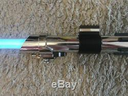 Master Replicas Anakin Skywalker Star Wars Force Fx Lightsaber 2002 Aotc Avec La Boîte