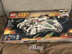 Nouveau Lego Star Wars The Ghost (75053) Scellé Dans Une Boîte 2014 Retired + Light Saber