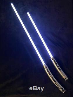 Rare Ahsoka Tano Héritage Lightsaber Hilt Disneyland Star Wars Galaxies Bord