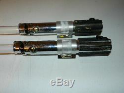 Répliques De Maîtres Star Wars Jedi Light Saber Lot De 2 Pièces Endommagées