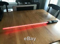 Répliques Maîtres Star Wars Force Fx Darth Vader Red Electronic Saber 2005