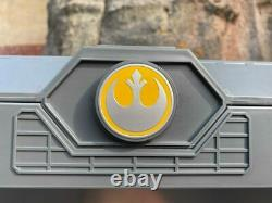 Rey Skywalker Legacy Lightsaber Hilt Star Wars Galaxy's Edge Disney Nouveau Scellé