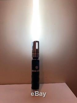Sabreforge Lightsaber Oracle Shoto 12w Blanc Avec Chargeur (auto-installé)