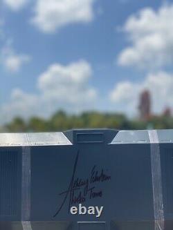 Signé Ashley Eckstein Star Wars Ahsoka Tano Lightsaber Hilts 2021 New Limited