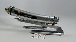 Star Wars Bord Ahsoka De Disneyland Galaxy Tano Lightsabers + Deux Lames Gift Set