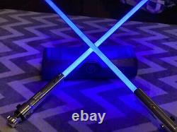 Star Wars Galaxy Edge Ahsoka Tano Hilt Legacy Sabre Laser Flambant Neuf Et 2 Lames