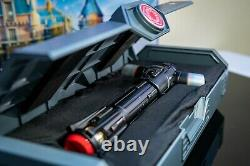 Star Wars Galaxy's Edge Kylo Ren Legacy Lightsaber Avec 36 Blade & Stand Set Nouveau