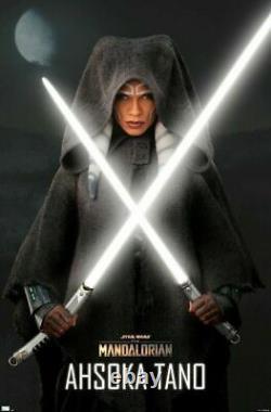 Star Wars Galaxys Edge Ahsoka Tano Rebels Legacy Lightsaber + 36/26 Blades