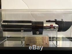 Star Wars Master Replicas Sabre Laser Darth Vader