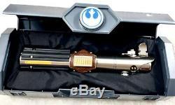 Star Wars Reforged Rey Rise Of Skywalker Galaxys Bord Héritage Lightsaber Hilt