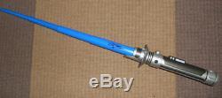 Star Wars The Force Awakens Sabre Laser Signé Personnellement Par John Boyega Finn